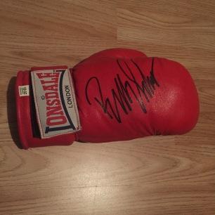 Billy Schwer glove