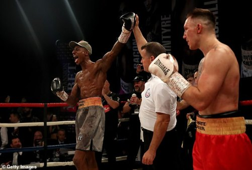 1541206411_177_Dec-Spelman-beaten-in-Ultimate-Boxxer-final-as-he-returns-to-the-ring
